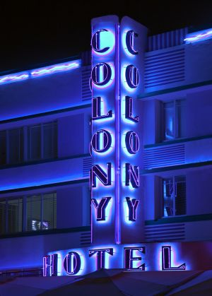 Colony Hotel COLOR