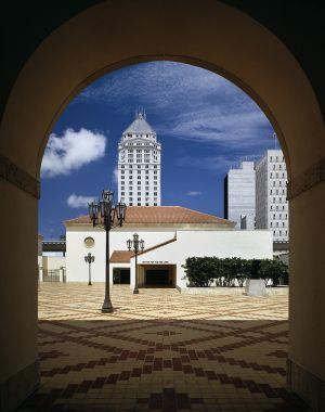 Center for the Fine Arts, Philip Johnson Architects