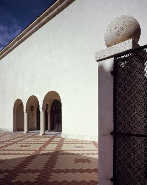 Historical Museum of South Florida, Philip Johnson Architects