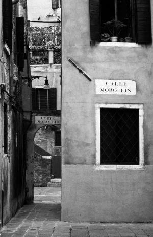 Calle Moro Lin